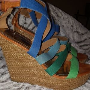 Body Central size 10 wedges